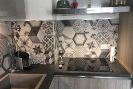 Crédence de cuisine en carreaux de ciment