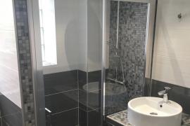 Salle de bains : Du gris au blanc